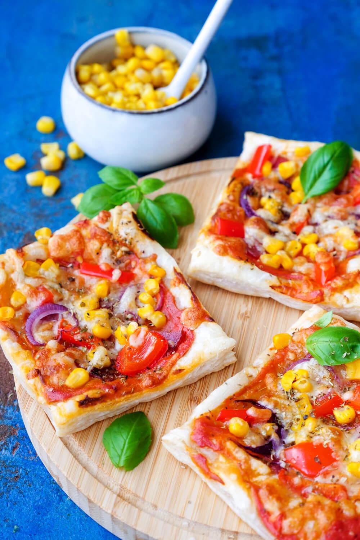 Blätterteig-Pizza mit Gemüse für Kinder