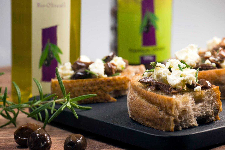 Rezept - Feta-Oliven-Baguette mit Rosmarin